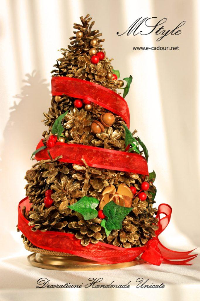 Variantă Brad Crăciun - Brăduț din conuri aurii 1