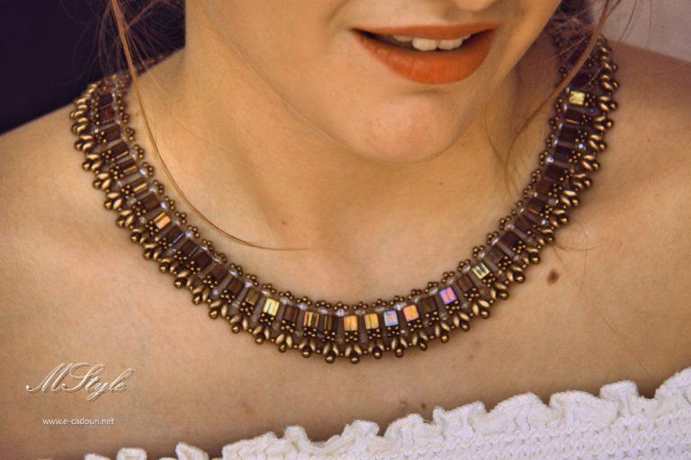 Colier mărgele plate bronz auriu