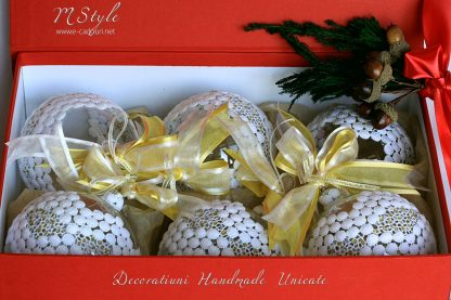 Glob Crăciun dantelă albă, sticlă, 10 cm 1