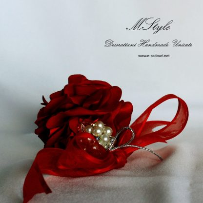 Ornament Crăciun - flori si perle 1