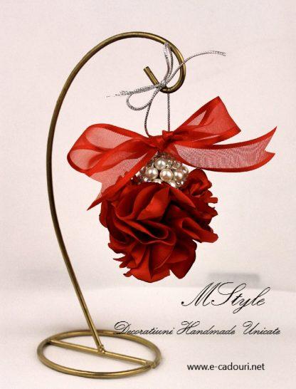 Ornament Crăciun - flori si perle 3