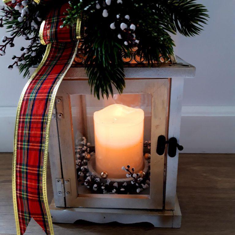 Felinar decorat Crăciun