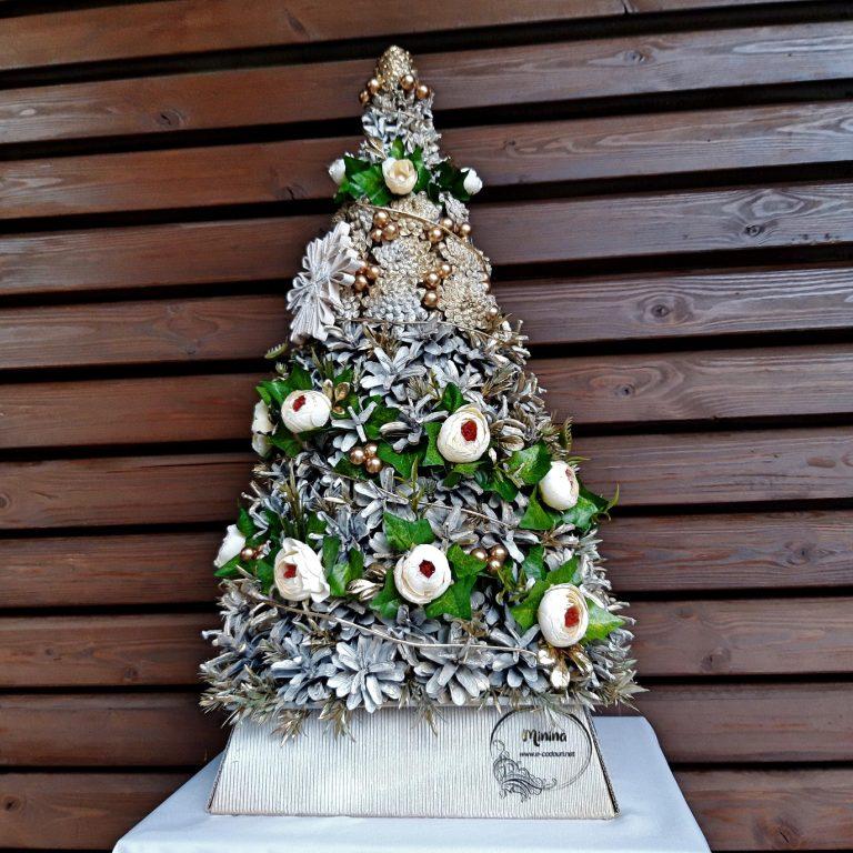 Brad Crăciun conuri albe 57 cm