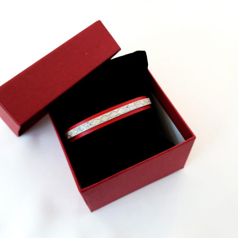 Brățări mărtișor piele roșie și inox, 10 mm 3