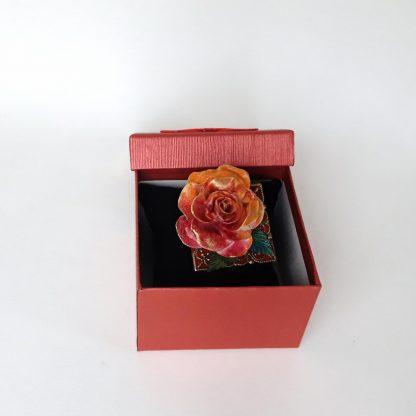 rosa floare pe baza filigran 1