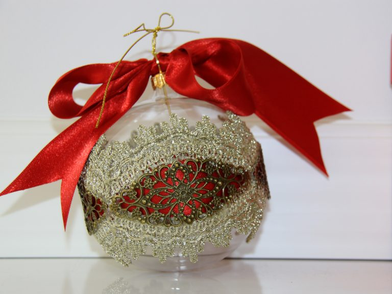Glob Crăciun dantelă și metal, sticlă 10 cm