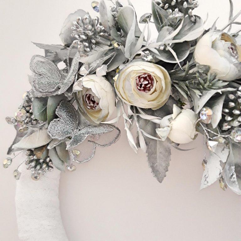 Decor perete 2 coroniţe, alb/argintiu 4