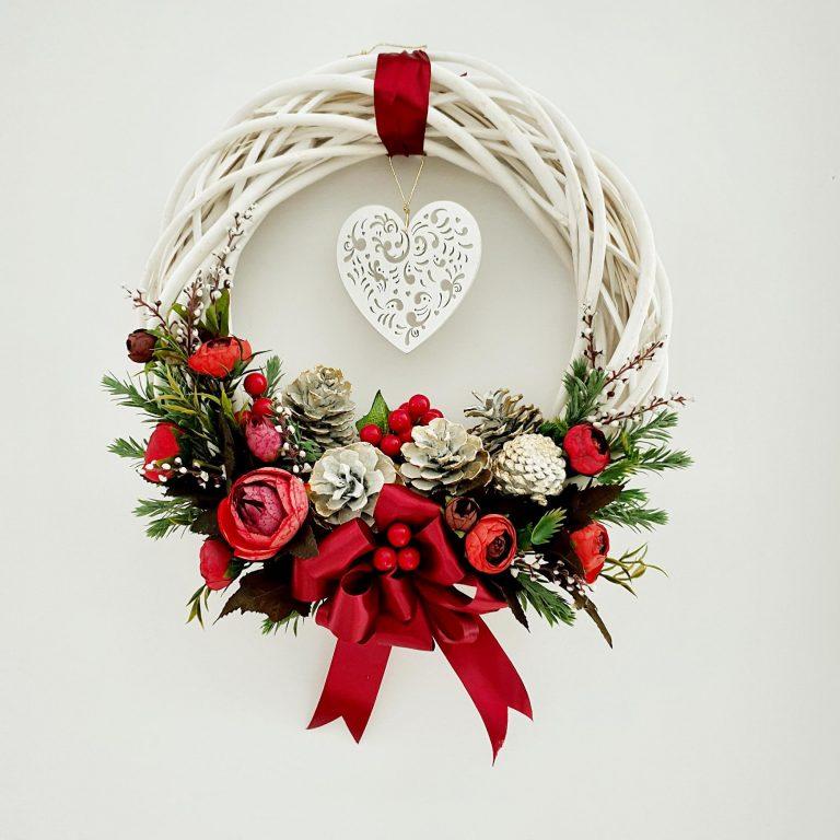 Ghirlandă albă lemn Crăciun, 33/38cm