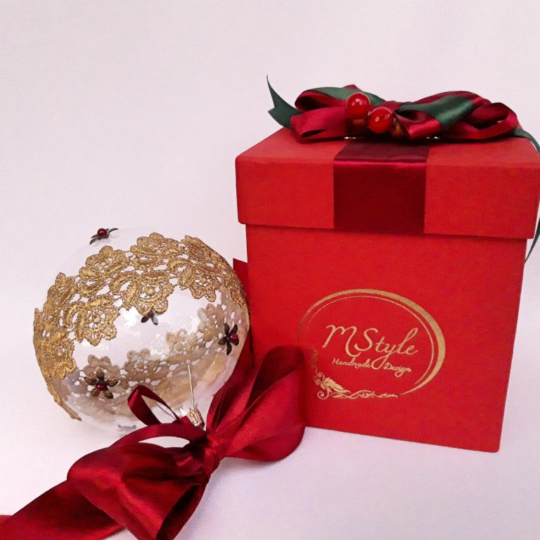 Glob Crăciun sticlă cu dantelă, 10 cm in cutie cadou