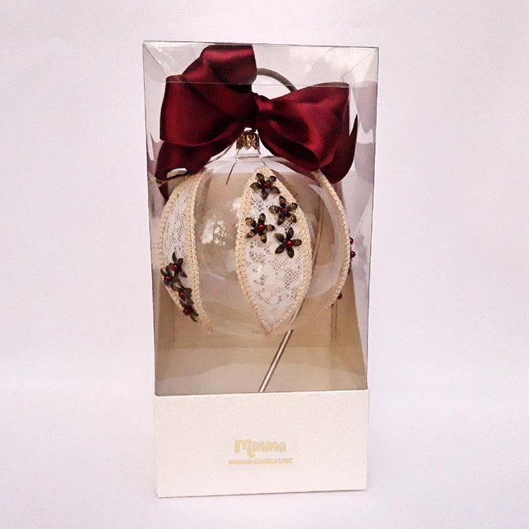 Glob dantelă fină cu şnur macrame 10cm in cutie