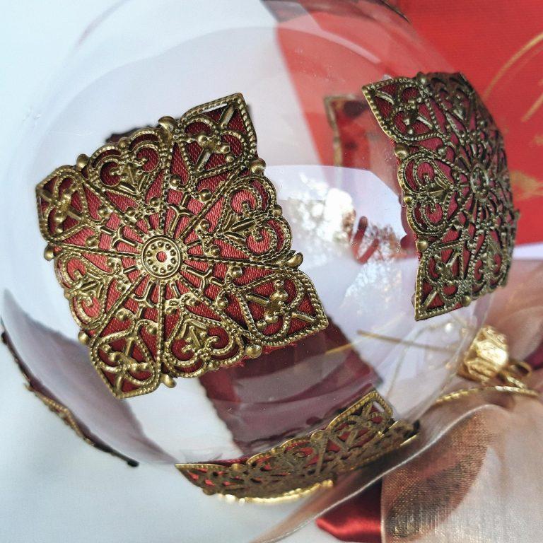 Glob Craciun cu filigran metalic 10 cm